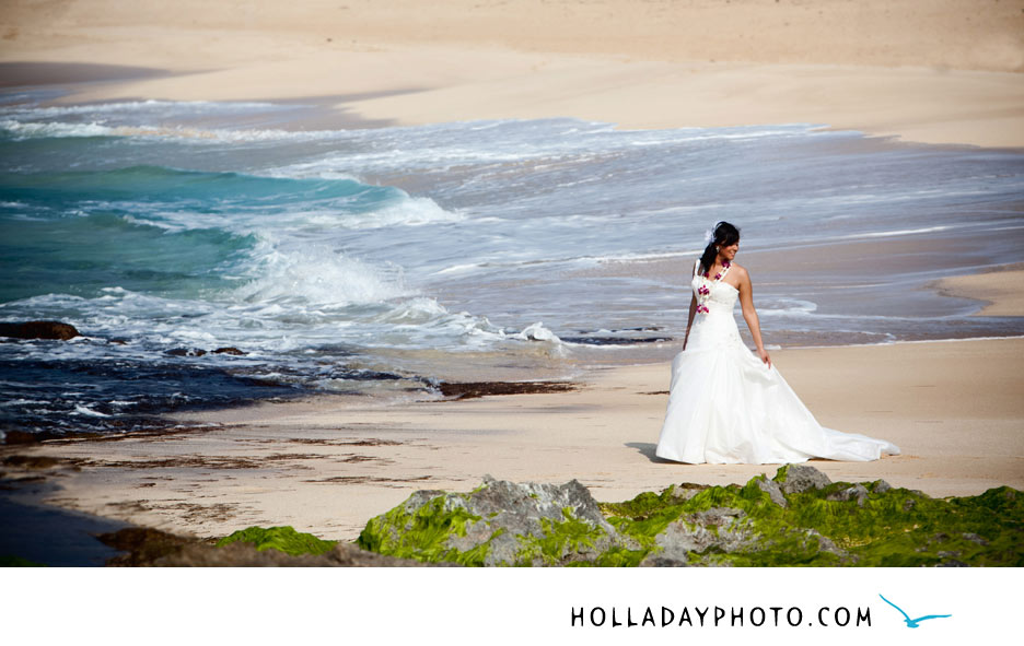 Hawaii-Wedding-Dress-Photographer