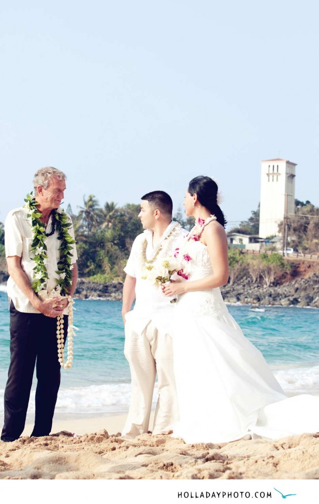 Waimea-beach-wedding-photography