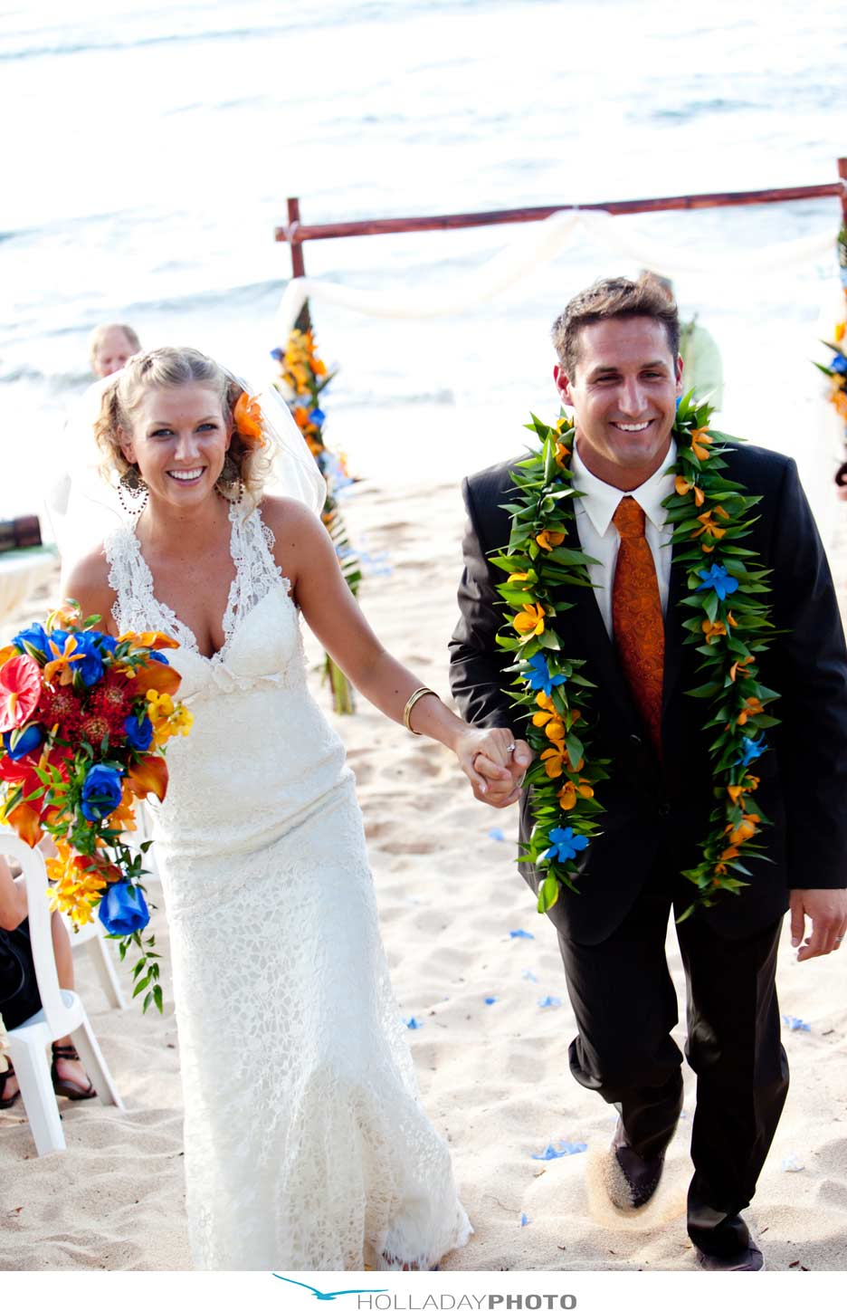 Hawaii-beach-wedding-23