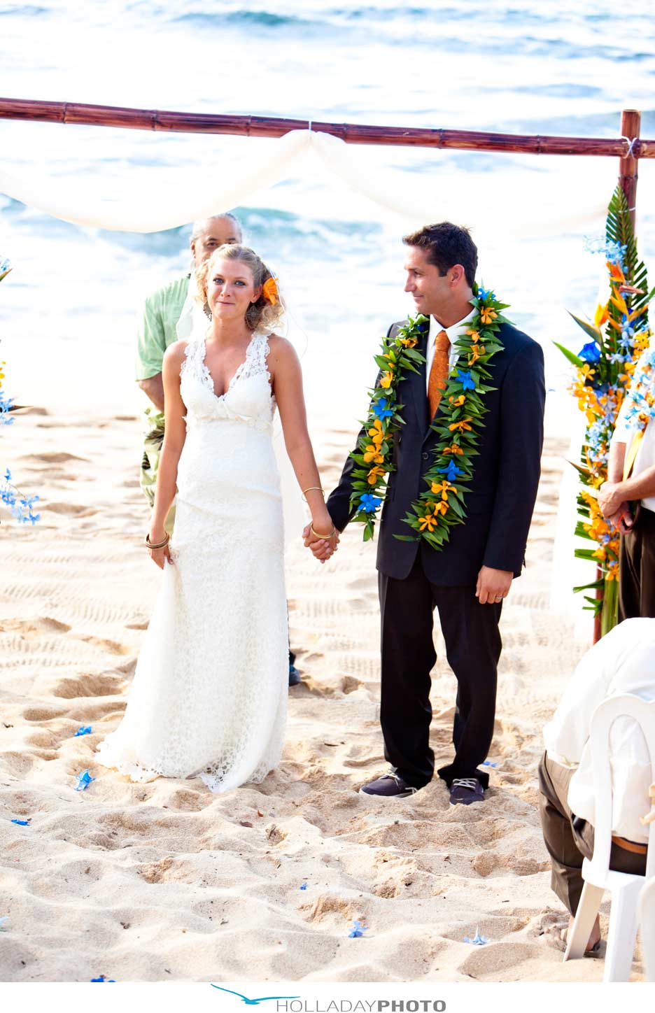 beach-wedding-Hawaii-sunset-beach-2